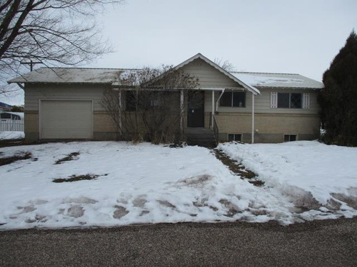 Photograph of 410 S 2nd W, Soda Springs, ID 83276