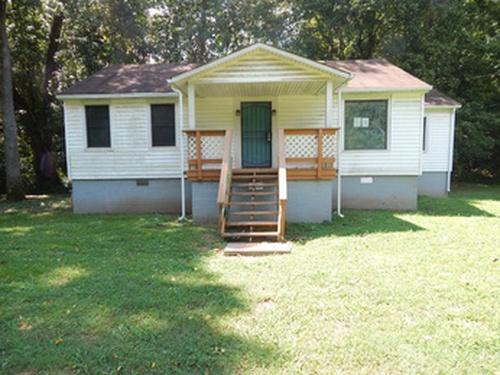 Photograph of 1099 Henley Road, Ashland City, TN 37015