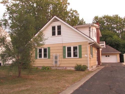 Photograph of 743 Glenwood Ave, Jackson, MI 49203