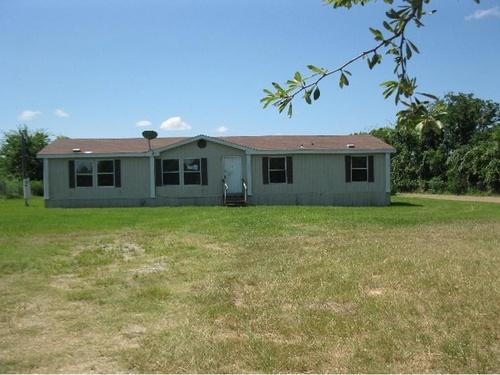 Photograph of 15807 Wingham Rd, Malakoff, TX 75148