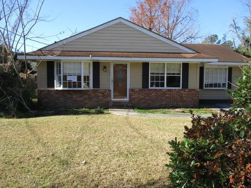 Photograph of 112 Kings Dr, Thomasville, GA 31792