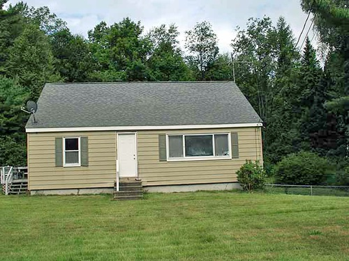 Photograph of 69 Fitchburg Rd, Townsend, MA 01469