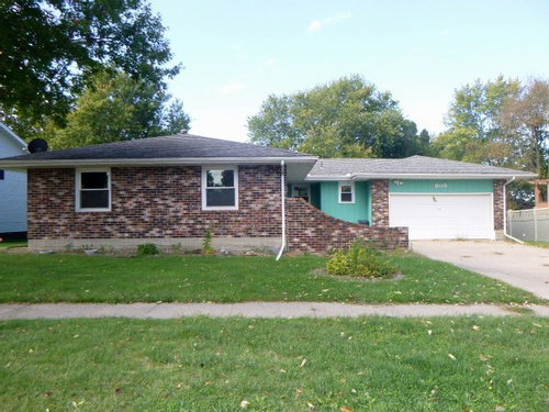 Photograph of 809 Randall Ln, Burlington, IA 52601