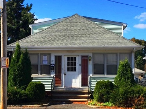Photograph of 33 Fourth St, East Providence, RI 02914