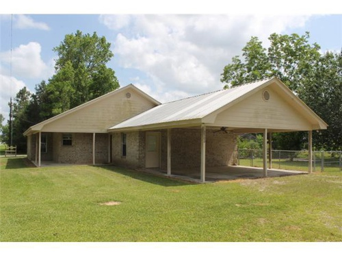 Photograph of 2500 County Road 777, Buna, TX 77612