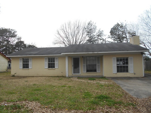 Photograph of 1637 S Pear Lane, Greenville, MS 38703