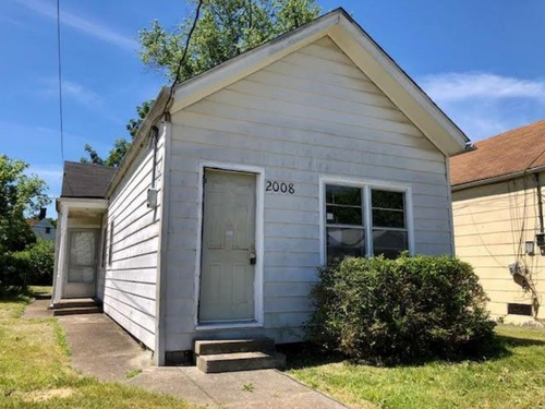 Photograph of 2008 Standard Ave, Louisville, KY 40210