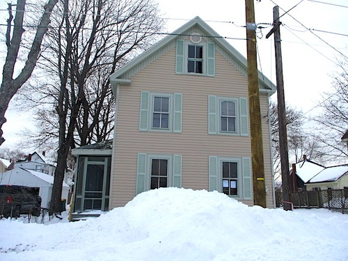 Photograph of 66 Pine St, Rochester, NH 03867