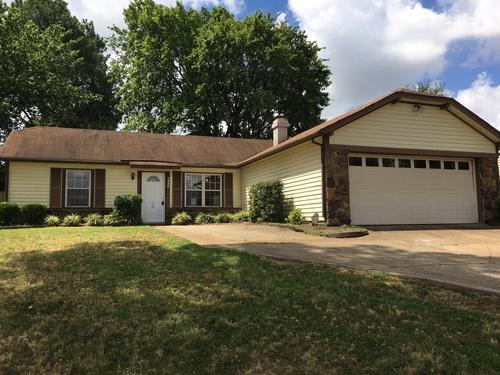 Photograph of 6125 Belle Forest Drive, Memphis, TN 38115