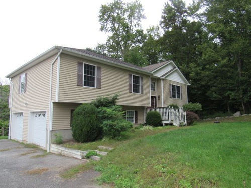 Photograph of 5 Tollhouse Court, Newburgh, NY 12550