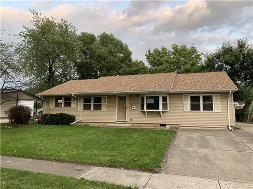 Photograph of 747 Rogers Rd, Romeoville, IL 60446