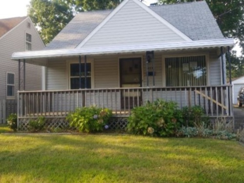 Photograph of 753 Davies Ave, Akron, OH 44306