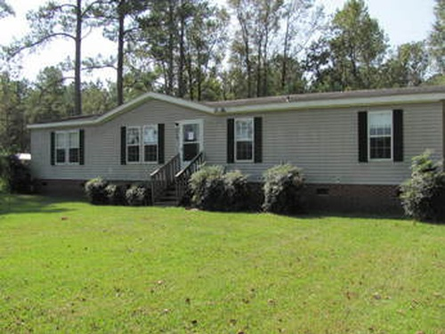 Photograph of 618 Ai Taylor Rd, Richlands, NC 28574