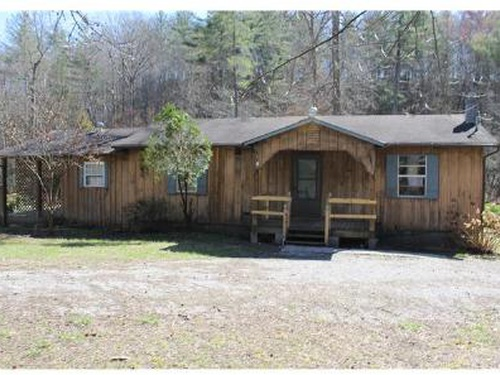 Photograph of 1769 Airport Rd, Oakdale, TN 37829