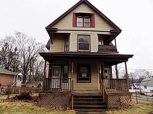 Photograph of 129- 131 Newington, Hartford, CT 06106