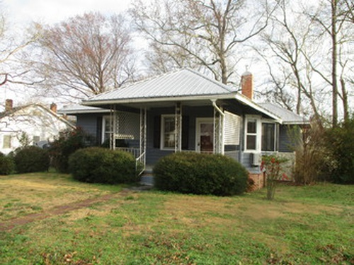 Photograph of 2702 Clyde Ave, Newberry, SC 29108