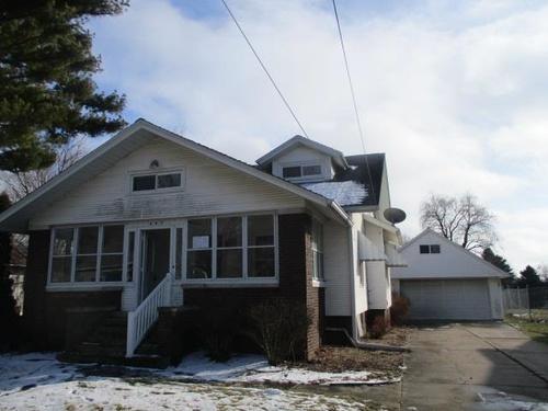 Photograph of 447 E. Walnut St, Washburn, IL 61570