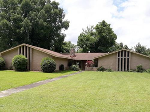 Photograph of 2800 Hodges Rd, Kinston, NC 28504