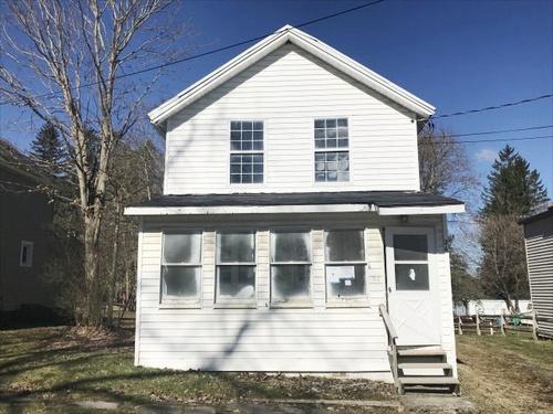 Photograph of 24 Johnson St, Richfield Springs, NY 13439