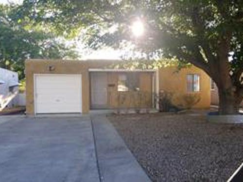 Photograph of 840 Alvarado Dr SE, Albuquerque, NM 87108