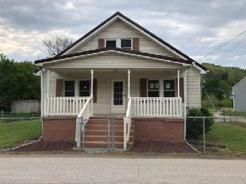 Photograph of 383 Tygart St, Olive Hill, KY 41164