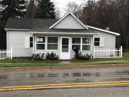 Photograph of 475 Water St, Portland, MI 48875