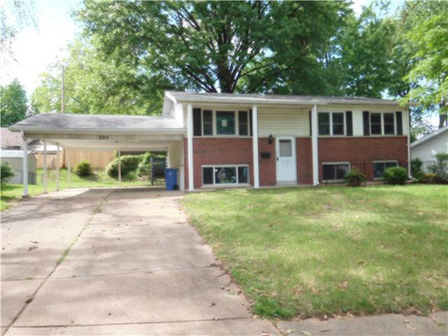 Photograph of 225 Downing Ave, Florissant, MO 63031