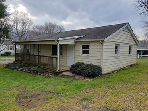 Photograph of 87 Sellers Rd, Clyde, NC 28721