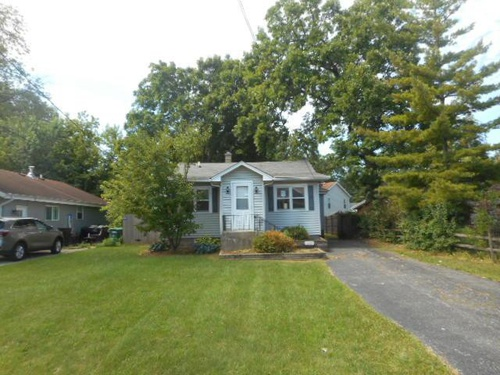 Photograph of 18589 W Old Gages Lake Rd, Grayslake, IL 60030