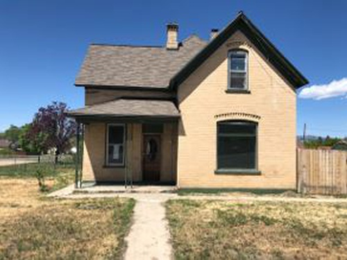 Photograph of 490 S State St, Mount Pleasant, UT 84647