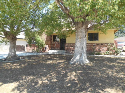 Photograph of 704 Stephens Drive, Bakersfield, CA 93304