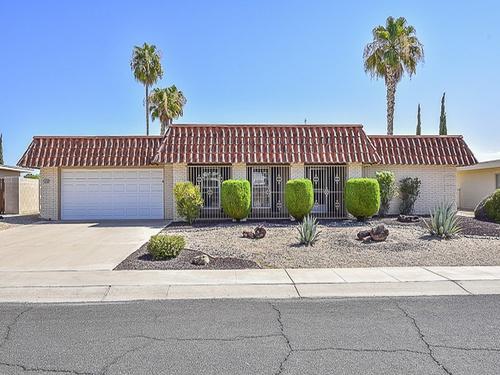 Photograph of 10706 W Pinion Ln, Sun City, AZ 85373