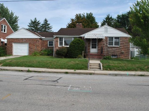 Photograph of 808 W Middle St, Hanover, PA 17331