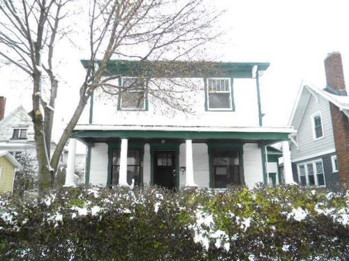 Photograph of 32 Diana Ave, Muskegon, MI 49442