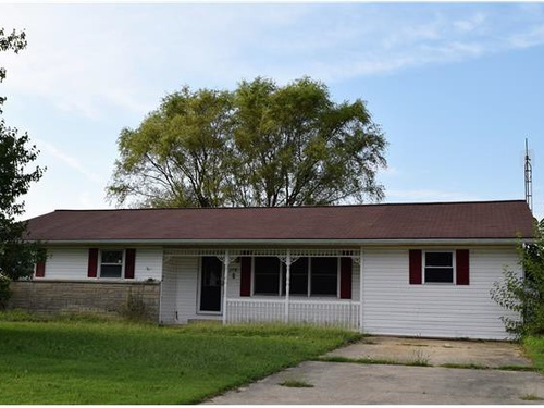 Photograph of 116 W 5th St, Hoffman, IL 62250