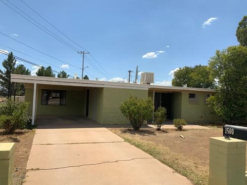 Photograph of 1500 Cochise Dr, Douglas, AZ 85607