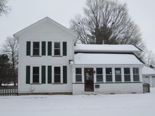 Photograph of 605 N Lafayette St, Sandwich, IL 60548
