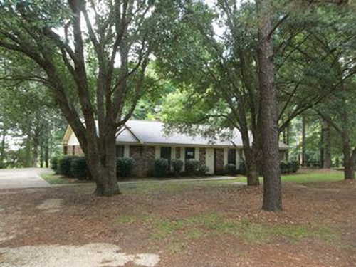 Photograph of 205 N. 2nd/cherry   St/Ave, Collins, MS 39428