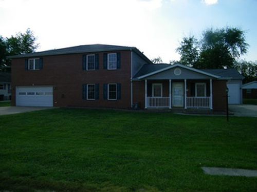 Photograph of 105 S. Hickory St, Okawville, IL 62271