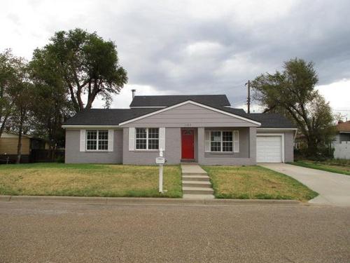 Photograph of 103 Garrett Street, Borger, TX 79007