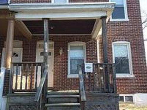 Photograph of 127 S Kossuth St, Baltimore, MD 21229