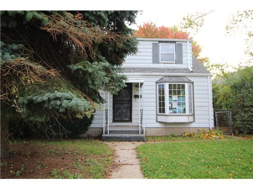 Photograph of 5852 N 68th St, Milwaukee, WI 53218