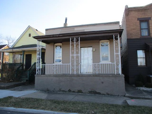 Photograph of 134 East 22nd St, Chicago Heights, IL 60411