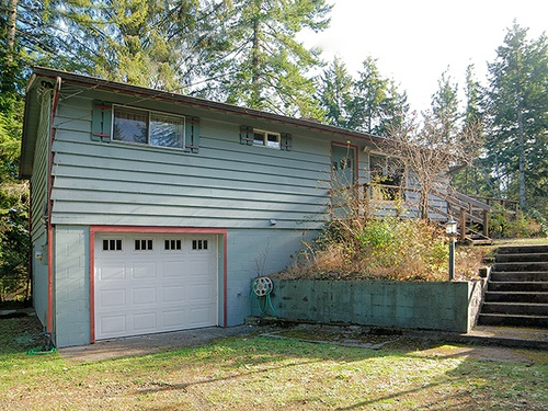 Photograph of 89289 North Ln, Florence, OR 97439