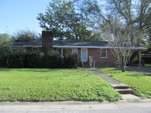 Photograph of 200 Dewitt St, Jacksonville, NC 28540