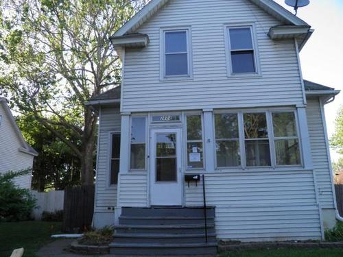 Photograph of 2604 Mckinley Ave, Davenport, IA 52802