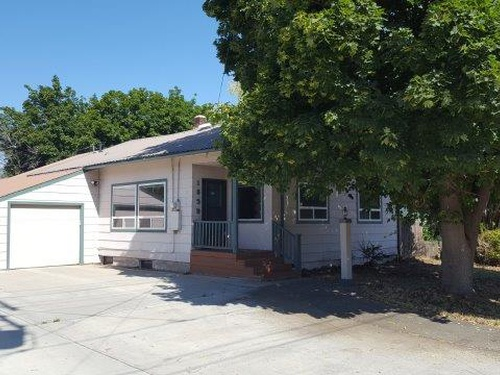 Photograph of 1635 Clark St, Baker City, OR 97814