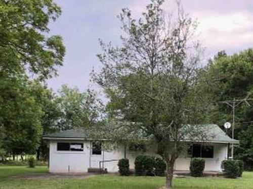 Photograph of 116 Brown Loop NW, Cartersville, GA 30121