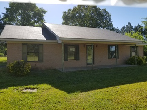 Photograph of 709 Grissom Rd, Macon, MS 39341
