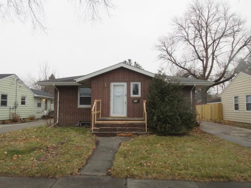 Photograph of 612 17th St N, Moorhead, MN 56560